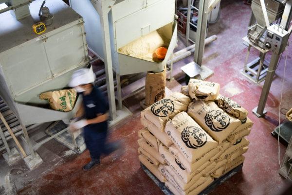 能登の酒蔵で唯一の自社精米所 | 石川県奥能登の日本酒酒蔵 数馬酒造